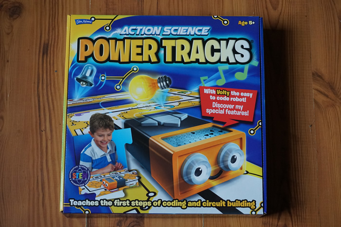 Power Tracks Review - Box