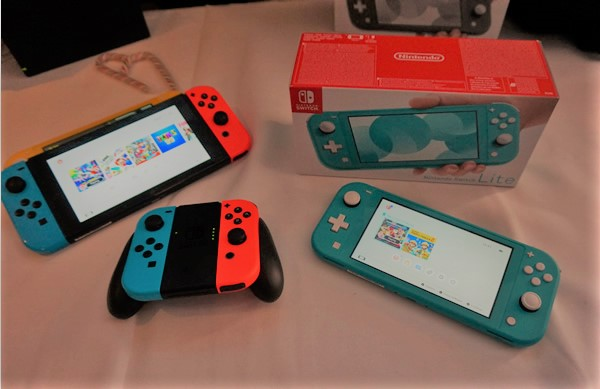 Switch Lite with the Switch Consoles